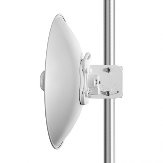 Cambium ePMP Force 200AR5-25 5GHz Radio and High Gain Dish Antenna RoW EU (C050900C261A)